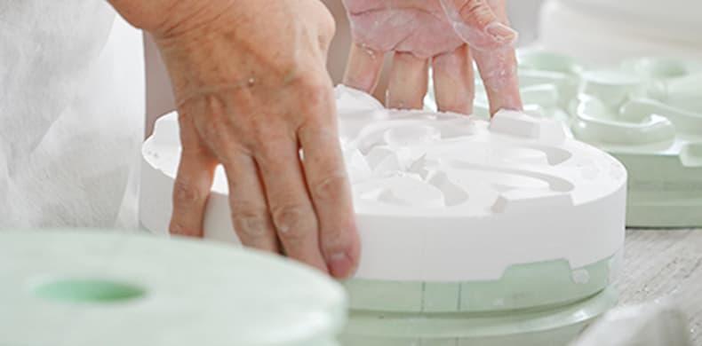 オリジナルマグカップ成形工程、加工